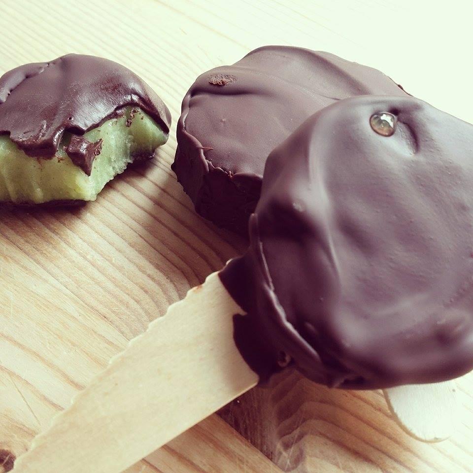 økologisk sjokolade kiwi-is