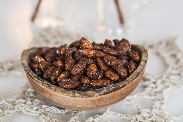 deilige kryddermandler med smak av jul